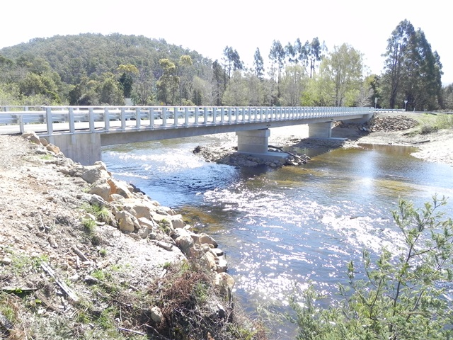 Bridge over South Esk River at Mathinna